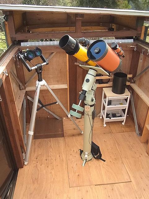 木原天体観測所 霞ヶ浦天体観測隊 木原観測所 西山洋氏の観測所で、自宅の庭にあります。 <所有者